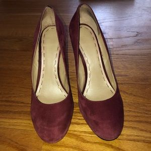 Nine West Burgundy Suede Round Toe Wedge